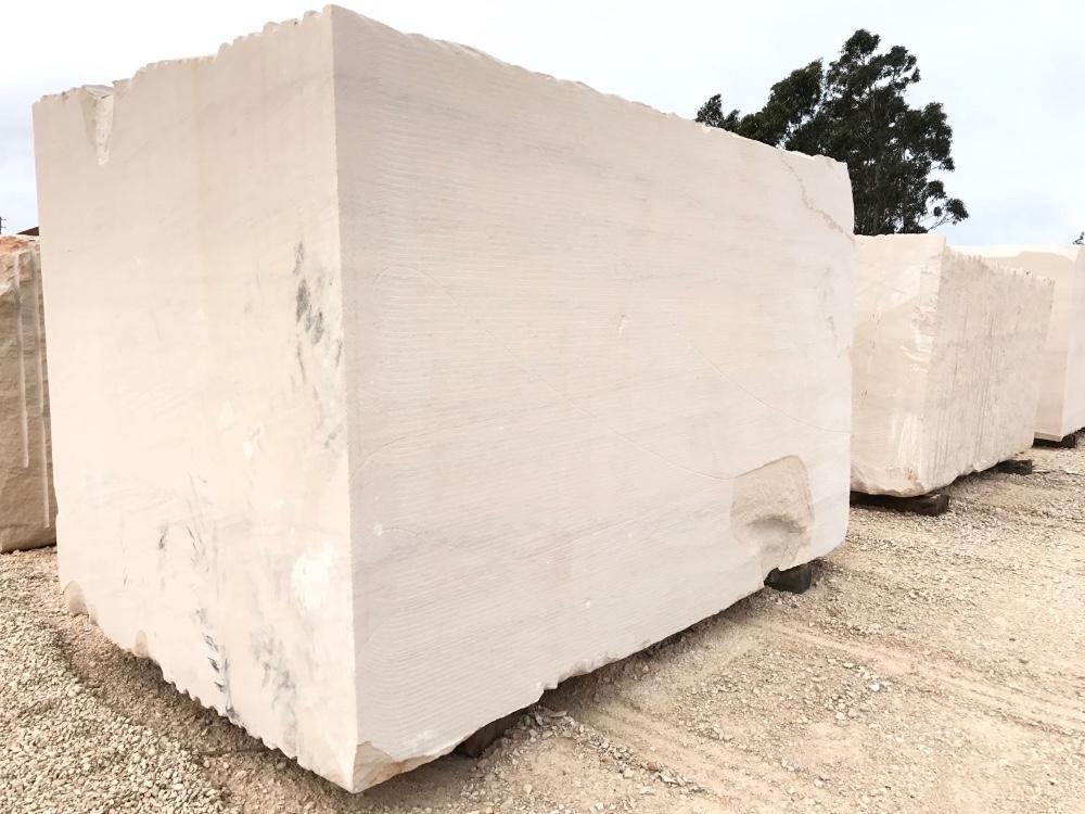 سنگ ساختمانی آهکی